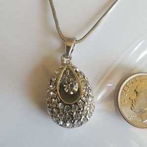 Rhinestones enhanced DANGLE necklace